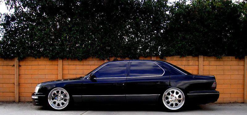 Lexus S400