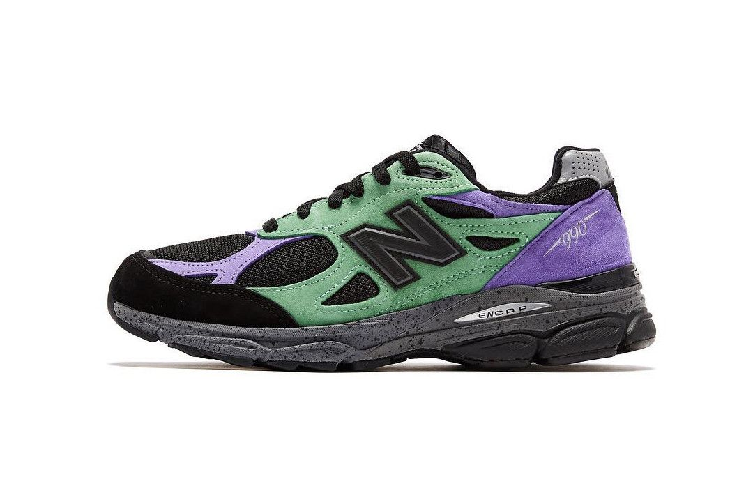 New Balance 990v3 x Stray Rats