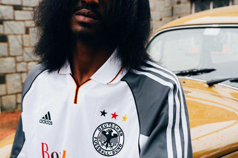 Les Vêtements de Football