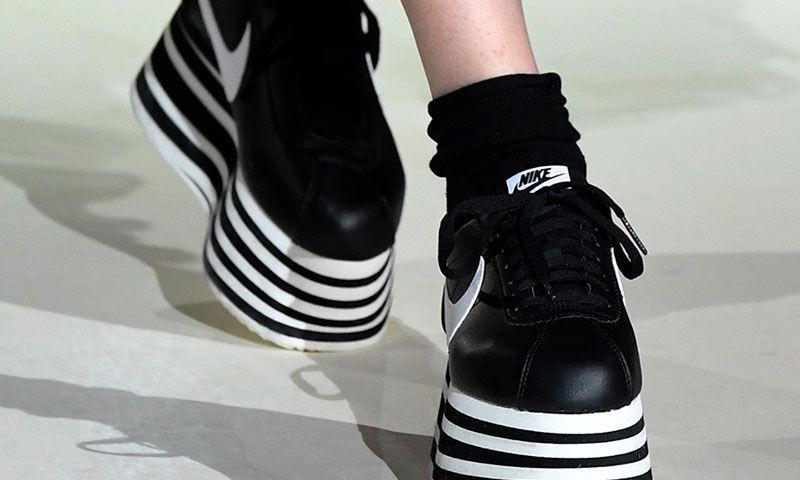 COMME des GARÇONS x Nike Cortez elevates us to the sky  be9ece933