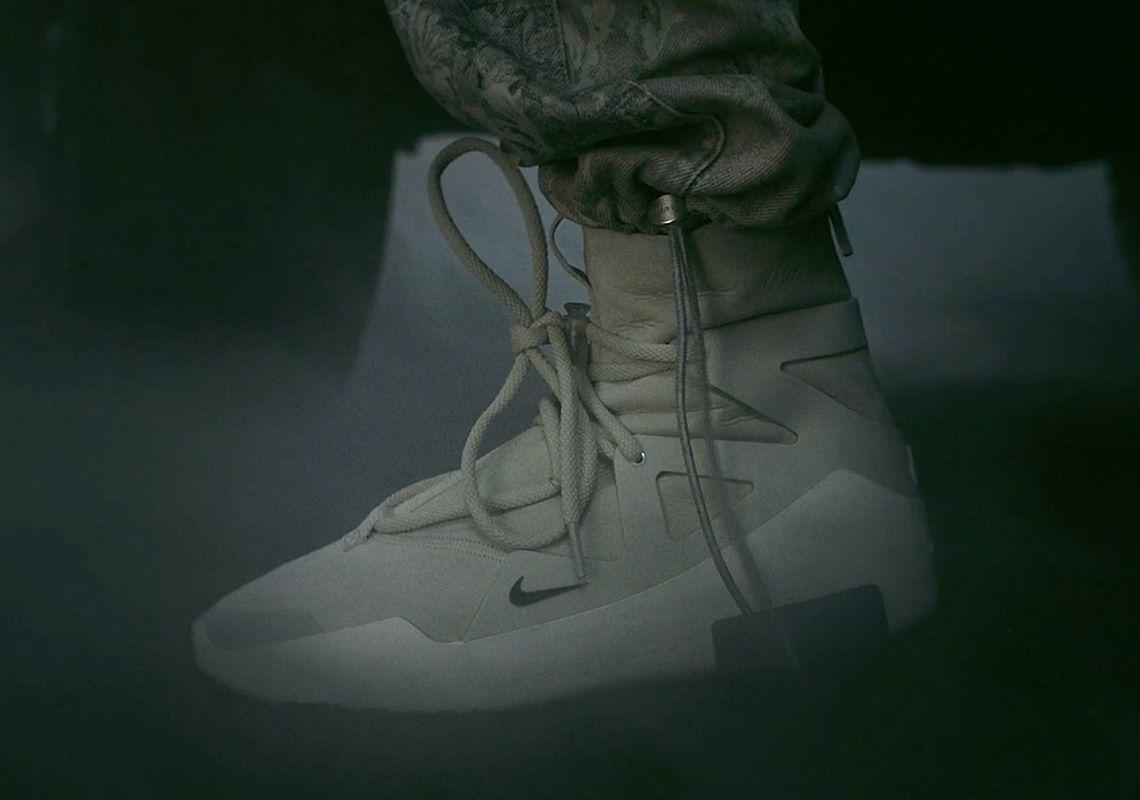 Fear Of God x Nike
