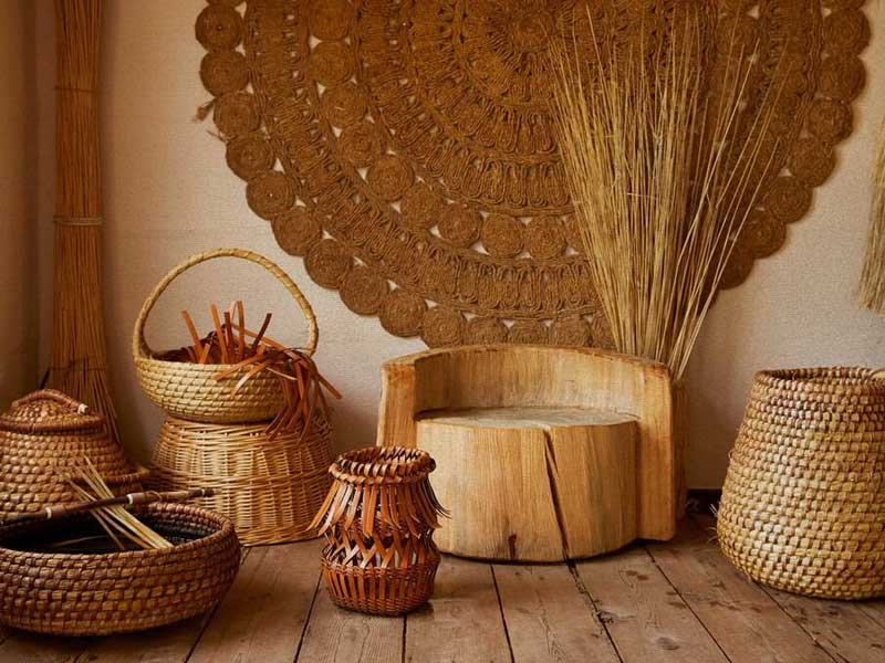LOEWE Baskets: basketry on leather