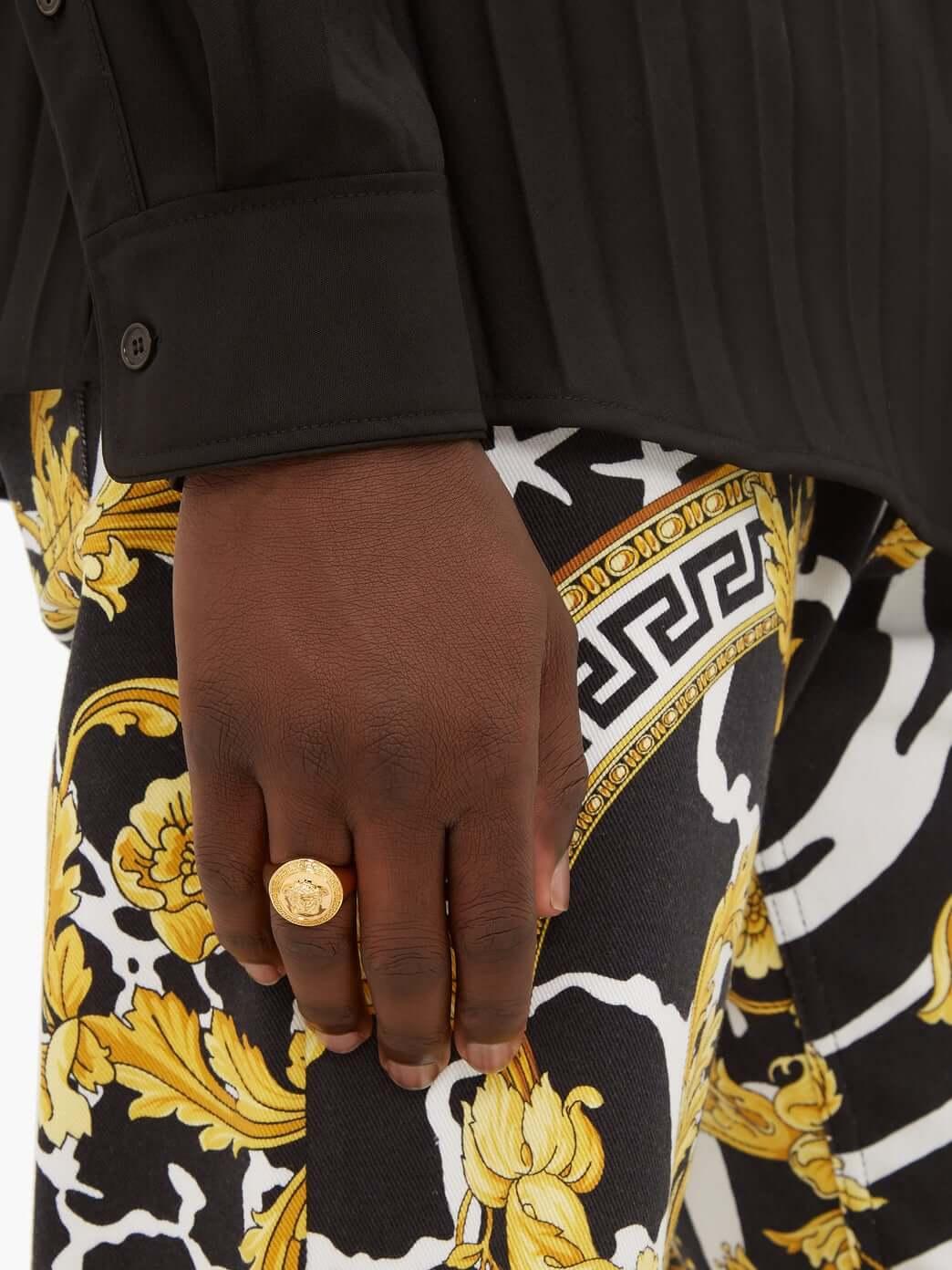 Versace anillo