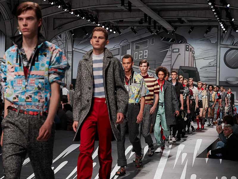 Gucci and Prada to present SS21 in Milan virtually