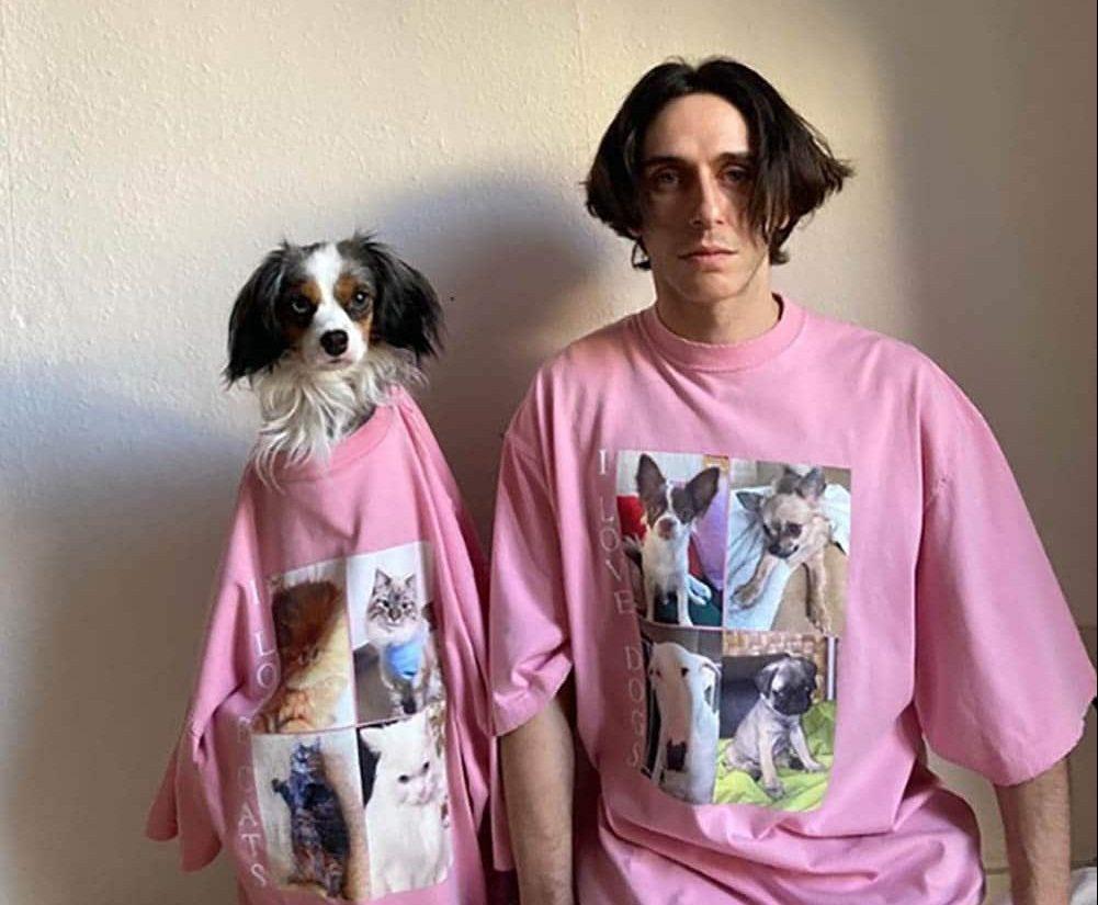 Balenciaga homenajea a las mascotas con una colección solidaria