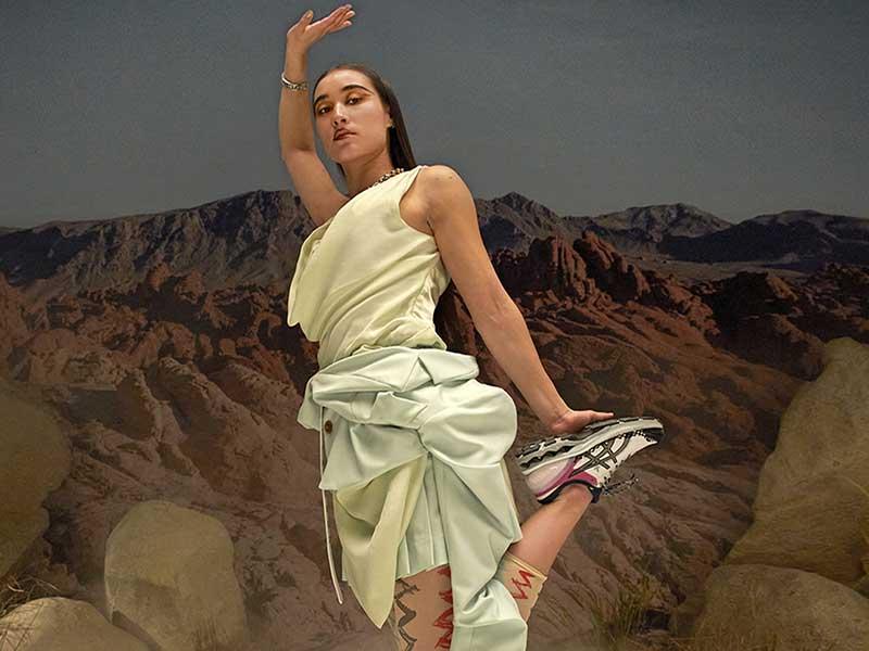 Así son las Asics x Vivienne Westwood GEL-KAYANO 27 DE