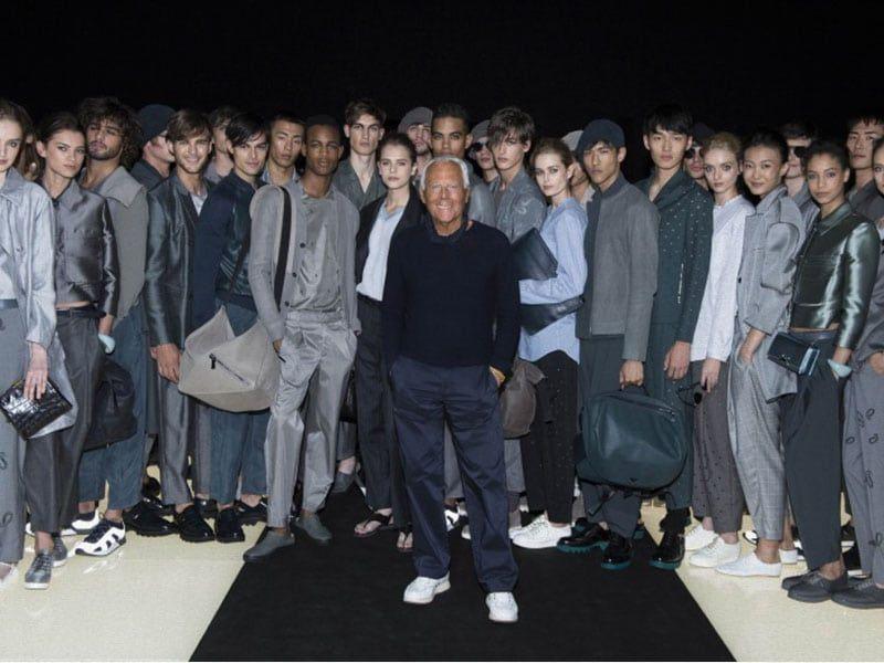 Armani vuelve de forma presencial para la Fashion Week de Milán