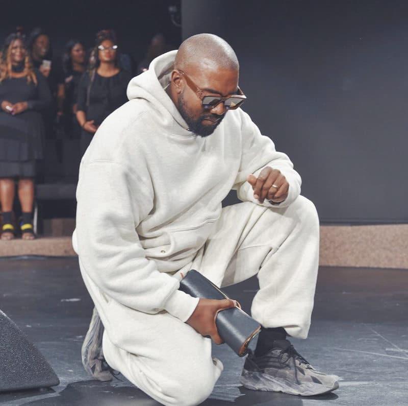 Kanye West Yeezy 700