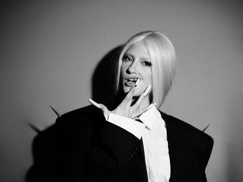 Hablamos w/ Luna Ki, el futuro del pop