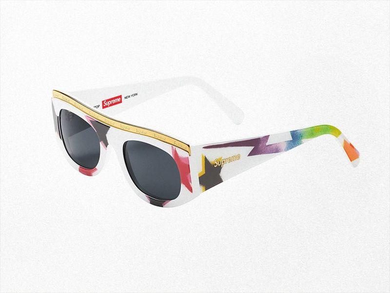 Supreme diseña las gafas de sol del verano