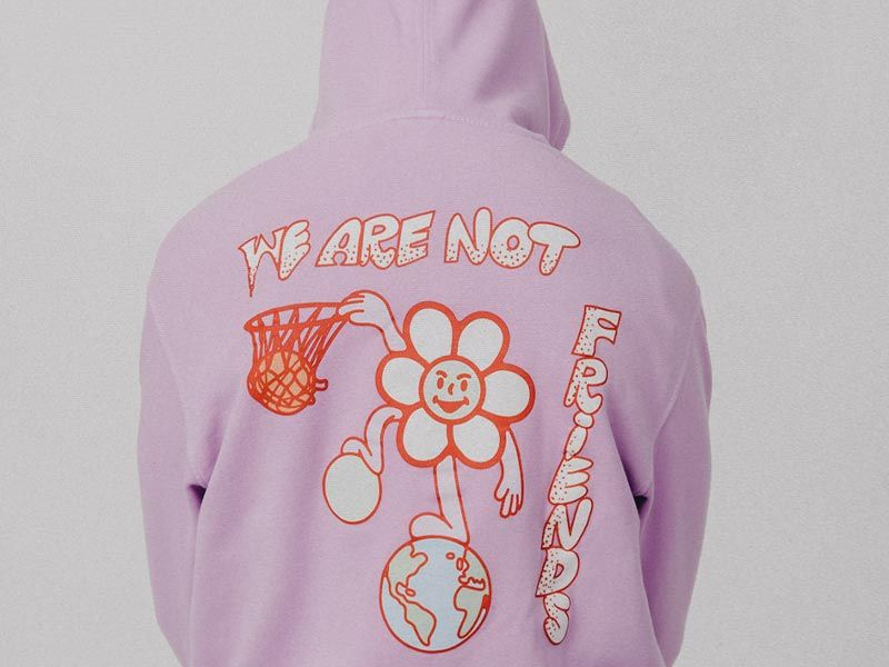 WE ARE NOT FRIENDS introduce su colección SS21